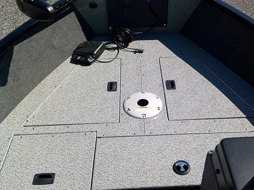 2020 Lund boat for sale, model of the boat is 1650 Rebel XS SS – For Sale – LF799 & LF801 & Image # 2 of 5