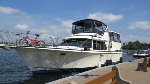 1990 TOLLYCRAFT 40 SUNDECK MOTOR YACHT for sale