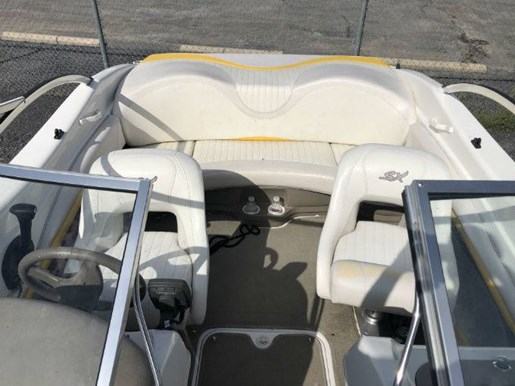2005 Glastron boat for sale, model of the boat is SX 175 & Image # 3 of 3