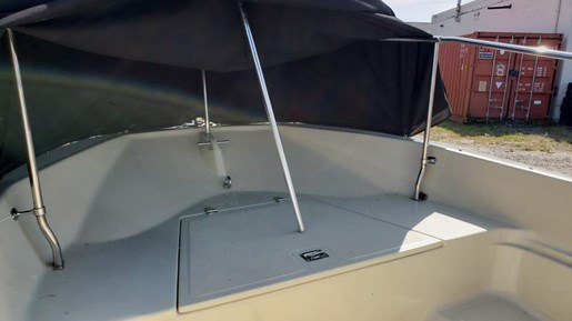 1991 Boston Whaler boat for sale, model of the boat is 17 Montauk & Image # 3 of 5