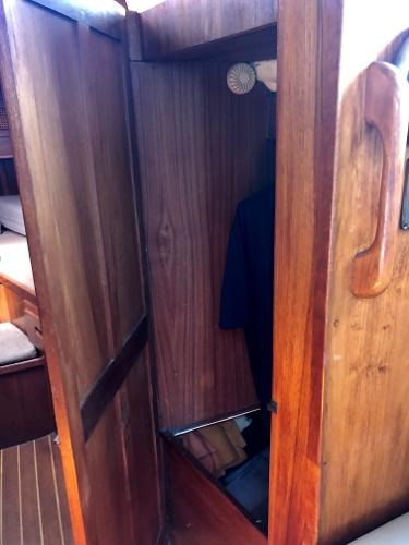1982 Aloha Yachts boat for sale, model of the boat is 10.4 & Image # 6 of 9