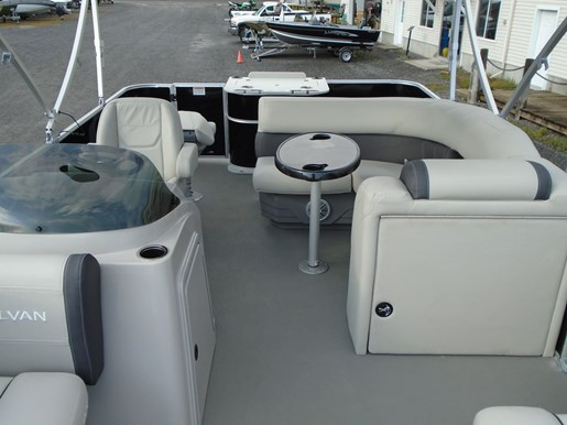 2020 Sylvan boat for sale, model of the boat is Mirage 8520 Cruise & Fish – For Sale – SYLP103 & Image # 2 of 10