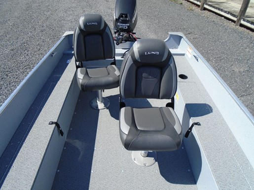 2020 Lund boat for sale, model of the boat is 1600 Fury Tiller – For Sale – LF830 & Image # 3 of 5