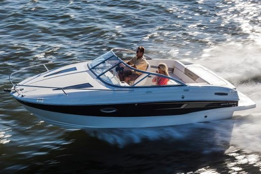2015 Bayliner boat for sale, model of the boat is 642 Overnighter & Image # 5 of 8