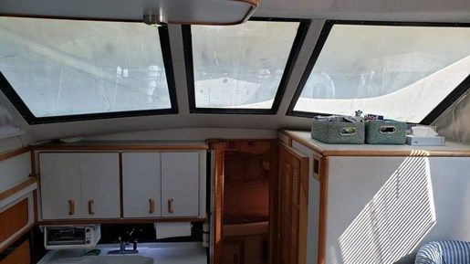 1991 Sea Ray boat for sale, model of the boat is 380 Aft MY & Image # 10 of 19