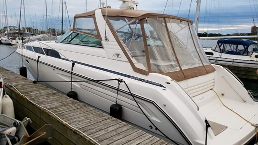 1997 Bayliner boat for sale, model of the boat is 4085 Avanti MC & Image # 2 of 18