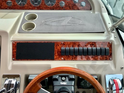 1997 Bayliner boat for sale, model of the boat is 4085 Avanti MC & Image # 4 of 18