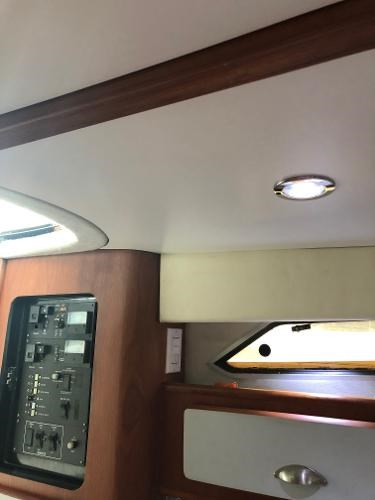 1990 Sea Ray boat for sale, model of the boat is 350 Sundancer & Image # 7 of 11