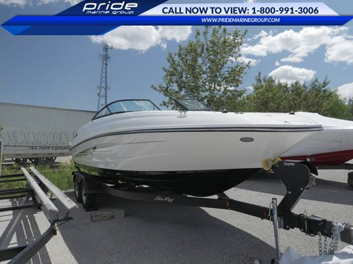 2017 Sea Ray boat for sale, model of the boat is SDX 240 & Image # 2 of 9