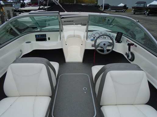 2009 Bayliner boat for sale, model of the boat is 175 Bowrider – For Sale – US605 & Image # 2 of 10