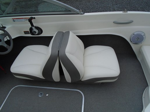 2009 Bayliner boat for sale, model of the boat is 175 Bowrider – For Sale – US605 & Image # 6 of 10