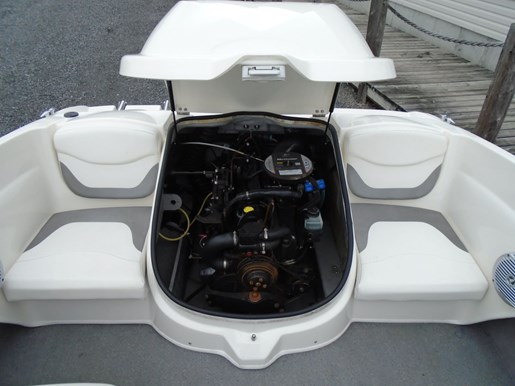 2009 Bayliner boat for sale, model of the boat is 175 Bowrider – For Sale – US605 & Image # 8 of 10
