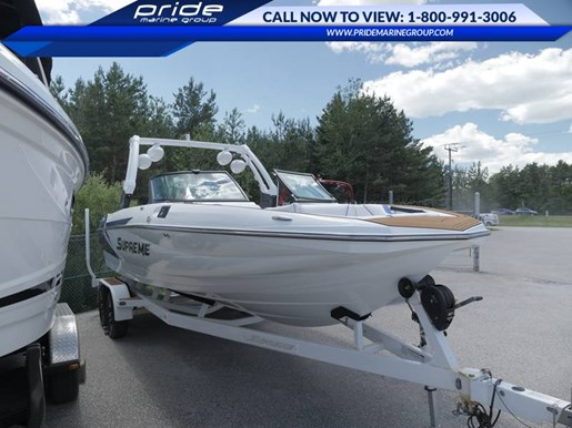 2017 Supreme boat for sale, model of the boat is S238 & Image # 2 of 10