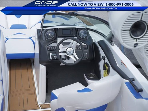2017 Supreme boat for sale, model of the boat is S238 & Image # 4 of 10