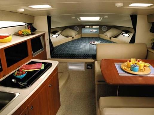 2005 Bayliner boat for sale, model of the boat is 285 & Image # 7 of 7