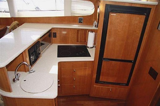 2002 Carver boat for sale, model of the boat is 396 Motor Yacht & Image # 4 of 26