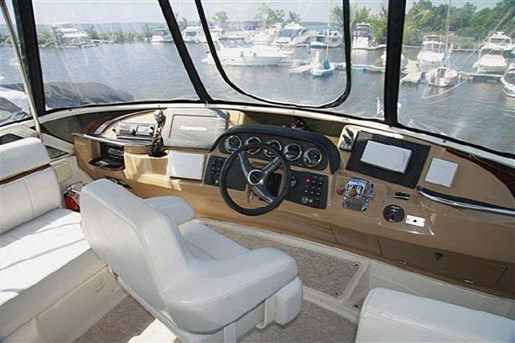 2002 Carver boat for sale, model of the boat is 396 Motor Yacht & Image # 10 of 26