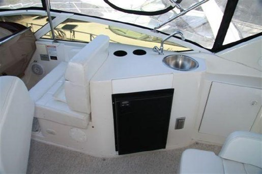 2002 Carver boat for sale, model of the boat is 396 Motor Yacht & Image # 14 of 26