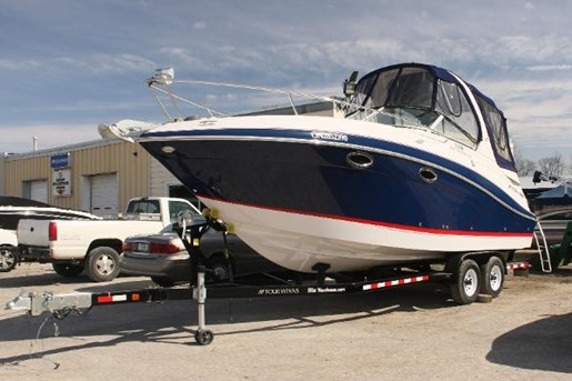2011 Four Winns boat for sale, model of the boat is V285 & Image # 4 of 6