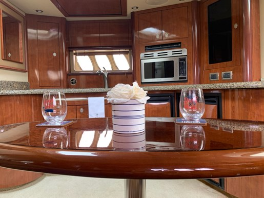 2006 Sea Ray boat for sale, model of the boat is 44 Sundancer & Image # 11 of 13