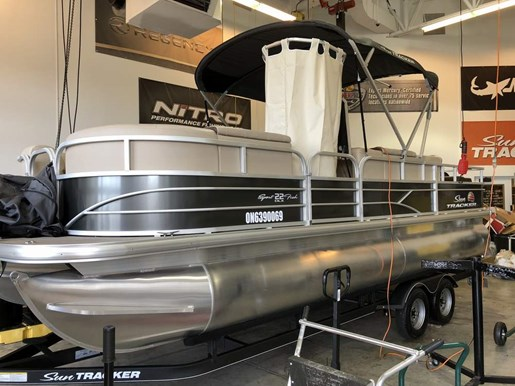 2018 Sun Tracker boat for sale, model of the boat is Sport Fish 22 DXL & Image # 2 of 4