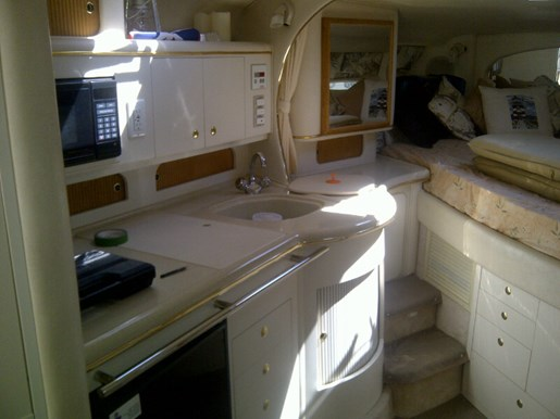 1999 Sea Ray boat for sale, model of the boat is 310 Sundancer & Image # 11 of 15