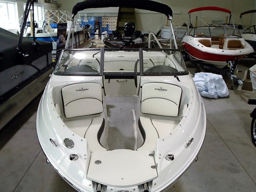 2020 Stingray boat for sale, model of the boat is 198 LX – For Sale – STR116 & Image # 2 of 10