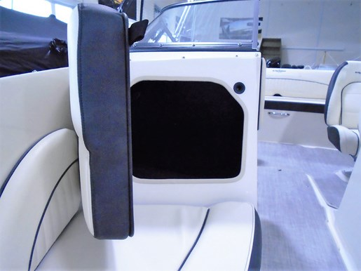 2020 Stingray boat for sale, model of the boat is 198 LX – For Sale – STR116 & Image # 3 of 10