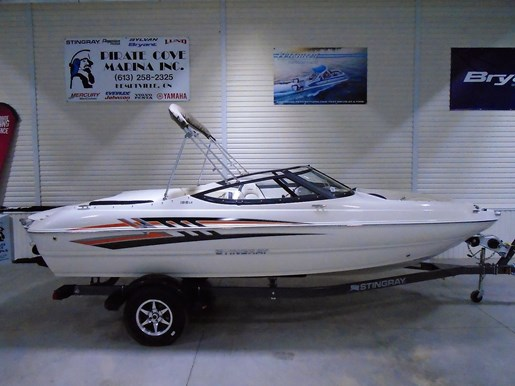 2020 Stingray boat for sale, model of the boat is 198 LX – For Sale – STR117 & Image # 1 of 10