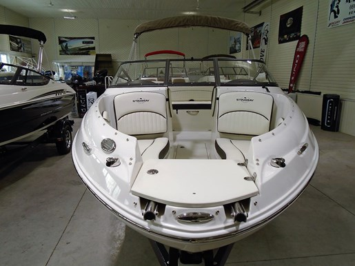 2020 Stingray boat for sale, model of the boat is 198 LX – For Sale – STR117 & Image # 2 of 10