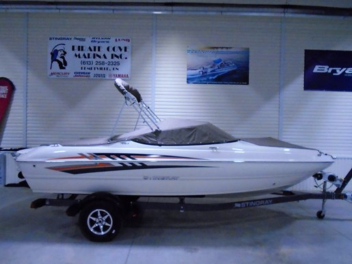 2020 Stingray boat for sale, model of the boat is 198 LX – For Sale – STR117 & Image # 10 of 10
