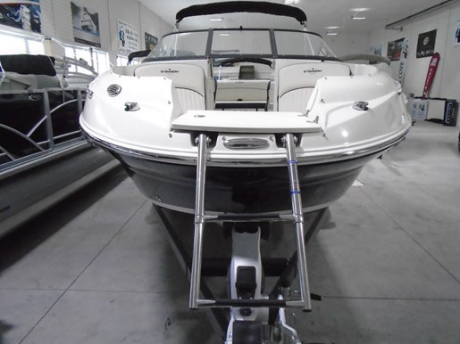 2020 Stingray boat for sale, model of the boat is 215 LR – For Sale – STR118 & Image # 2 of 15
