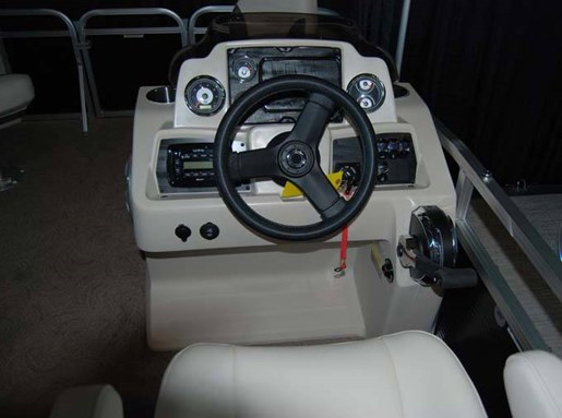2020 Avalon boat for sale, model of the boat is 16 VENTURE & Image # 3 of 3