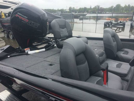 2019 Tracker Boats boat for sale, model of the boat is PRO TEAM 195 TXW & Image # 3 of 4