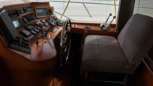 1970 Chris Craft 350 Commander Sport Fish | 10 of 22