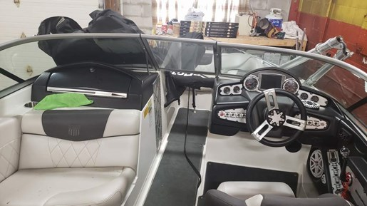2011 Mastercraft boat for sale, model of the boat is X-25 & Image # 6 of 10