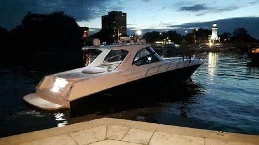 2010 Fountain 48 Express Cruiser For Sale