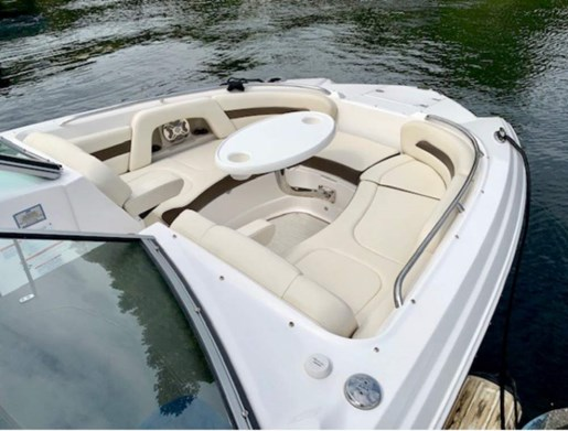 2019 Chaparral boat for sale, model of the boat is 264 Sunesta Deluxe & Image # 7 of 11