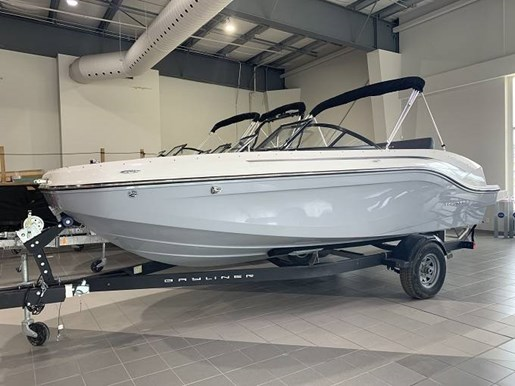 2020 Bayliner boat for sale, model of the boat is DX2050 & Image # 1 of 4