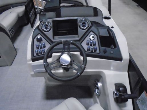2020 Sylvan boat for sale, model of the boat is L5 DLZ PR25 Tritoon & Image # 2 of 9