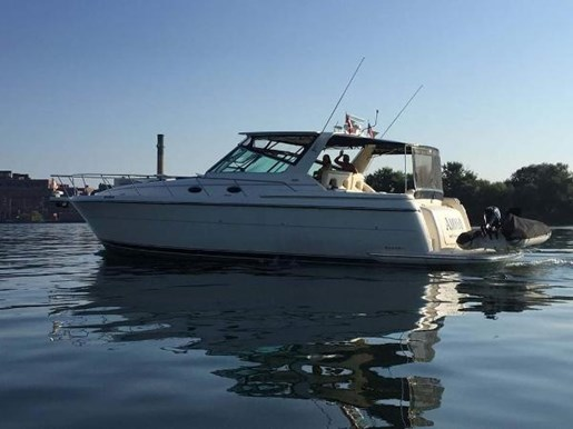 1997 Tiara Yachts boat for sale, model of the boat is 4000 Express Hardtop & Image # 2 of 24
