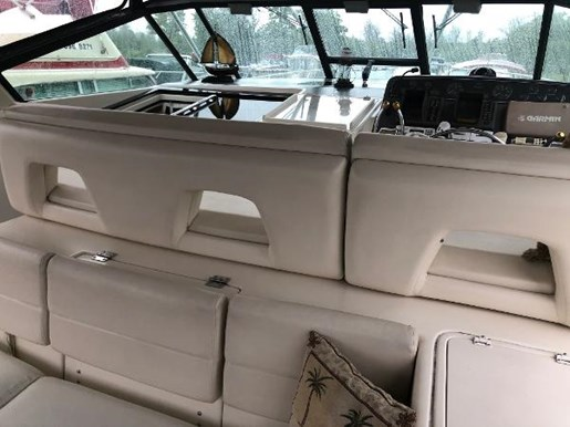 1997 Tiara Yachts boat for sale, model of the boat is 4000 Express Hardtop & Image # 7 of 23