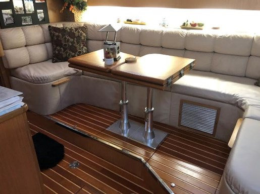1997 Tiara Yachts boat for sale, model of the boat is 4000 Express Hardtop & Image # 9 of 23