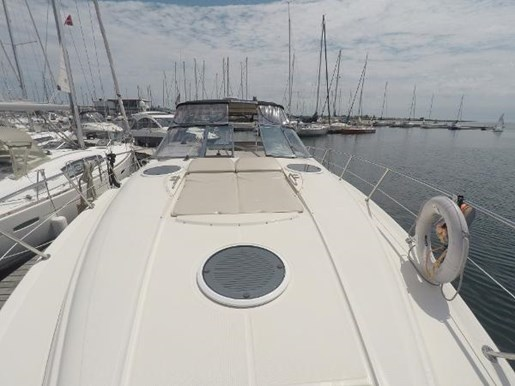 2002 Regal boat for sale, model of the boat is 4260 COMMODORE & Image # 3 of 23