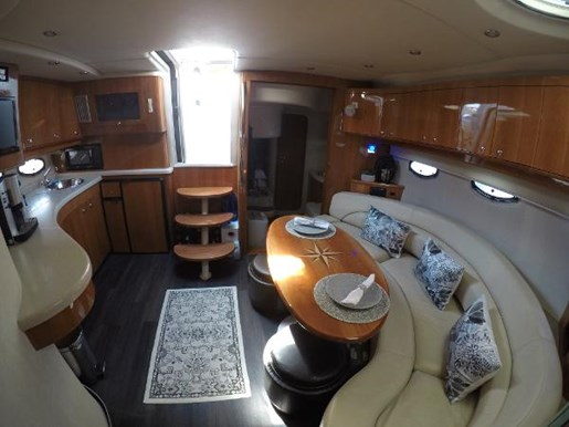 2002 Regal boat for sale, model of the boat is 4260 COMMODORE & Image # 7 of 23