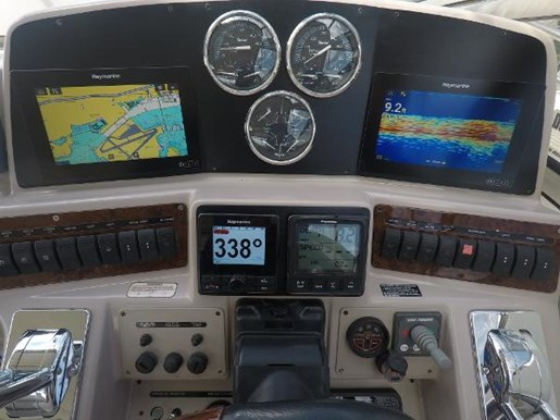 2002 Regal boat for sale, model of the boat is 4260 COMMODORE & Image # 17 of 23