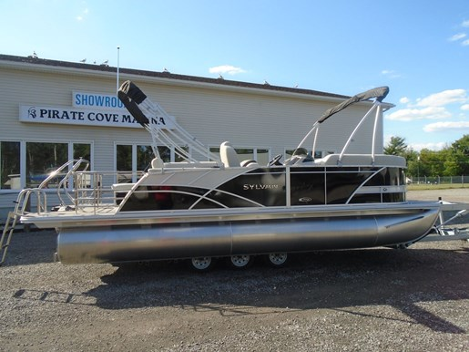2021 Sylvan boat for sale, model of the boat is MIRAGE 8522 CLZ TRI-TOON & Image # 2 of 5