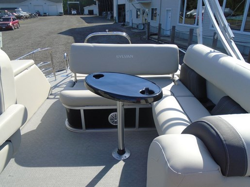 2021 Sylvan boat for sale, model of the boat is MIRAGE 8522 CLZ TRI-TOON & Image # 3 of 5