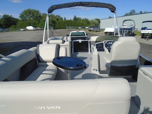 2021 Sylvan boat for sale, model of the boat is MIRAGE 8522 CLZ TRI-TOON & Image # 4 of 5
