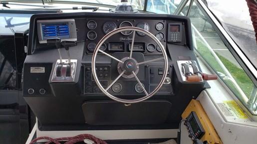 1988 Wellcraft 3400 Grand Sport | 5 of 13